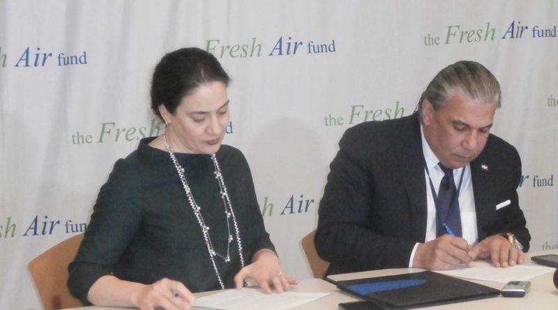Consulado y Air Fresh anuncian apertura en junio de campamento en honor a Junior