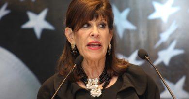 Embajadora de EEUU en RD apoya investigación exhaustiva sobre muertes de pareja de Nueva York
