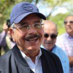 Al cerrar marzo Danilo Medina no habló de reelección, pero si de su campaña electoral