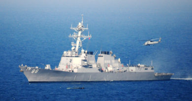 """China presenta una nota de protesta """"severa"""" a EE.UU. por el tránsito de dos buques de su Armada por el estrecho de Taiwán"""