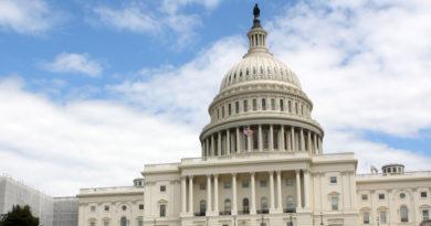 """EE.UU.: Varios congresistas llaman al Congreso a iniciar """"de inmediato"""" un proceso de juicio político contra Trump"""