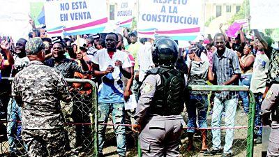 """ATENCIÓN AQUÍ: """"Paredón"""" busca evitar reforma y el PRM firma un compromiso"""