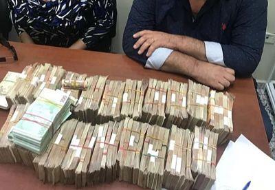 ATENCIÓN :Apresan 4 españoles con 560 mil euros, 1 millón de pesos y diferentes armas