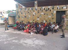 ATENCIÓN CESFRONT retienen vehículo con cargamento de ajo y ERD detienes cientos de haitianos indocumentados en el Noroeste