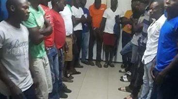 ATENCIÓN :Investigan a 16 haitianos por muerte de comerciante y su hijo durante asalto