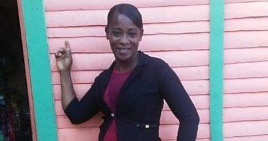 """ATENCIÓN :Mujer muere mientras se """"gozaba"""" en una iglesia"""