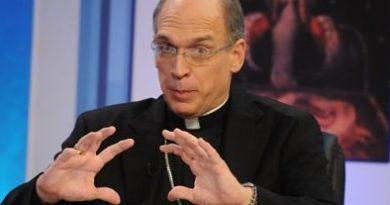 ATENCIÓN :Obispo Masalles expresa repudio por resolución del Minerd que establece política de género