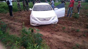 Apresan mediante una persecución en Dajabón a dos jóvenes con un carro Sonata supuestamente robado