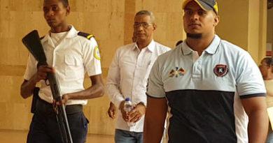 Condenan a 20 años de prisión a ex funcionario acusado de abusar física y sexualmente de tres hijas