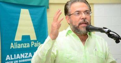"""DICE: Guillermo Moreno: """"PLD ha impuesto una dictadura de partido en el país"""""""