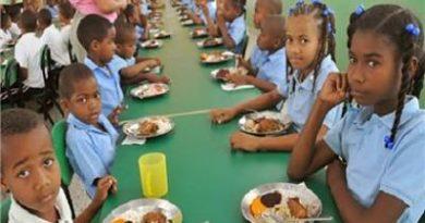 Deudas del desayuno escolar superan RD$5,000 millones