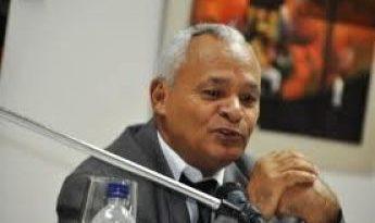 Dirigente PRD y abogado lanza aspiraciones a diputado