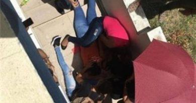 Dos jóvenes caen del segundo piso de universidad de SFM cuando se disponían a darse abrazo