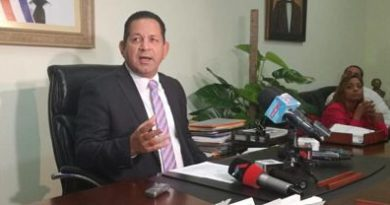 En Elías Piña Cancelan funcionario por prestar vehículo para contrabando