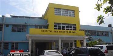 Enfermeras paralizan labores en hospital San Vicente