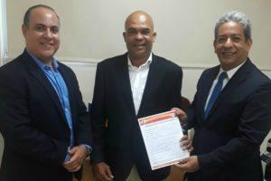 Aspirante a regidor del PRSC en la Circ No. 1 enS DE Luis Díaz (TATO ) inscribe candidatura de manera oficial