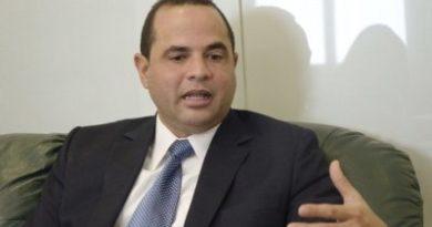 Manuel Crespo llama a precandidatos presidenciales del PLD a evitar actividades paralelas