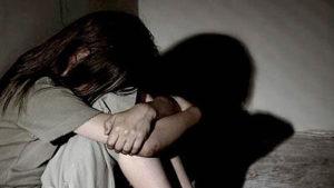 Mayor de la Policía habría abusado de una menor de 14 años que acudió a destacamento a realizar denuncia