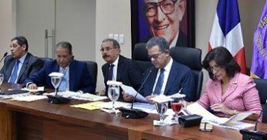 NADA DE TEMA: PLD no tratará candidatura presidencial en próxima reunión del Comité Político