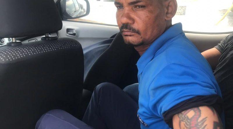 ATENCIÓN :Apresan ex militar que amenazó con explotar el Palacio Nacional