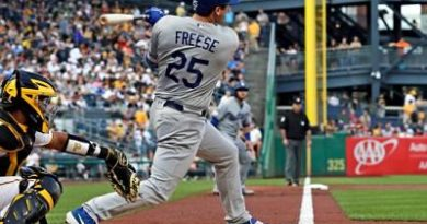 Freese aporta grand slam en paliza de Dodgers sobre Piratas
