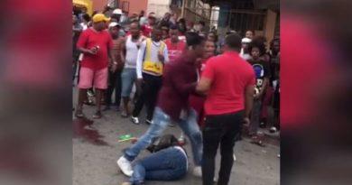Multitud lincha a palos un presunto asaltante en Los Alcarrizos; hieren otro