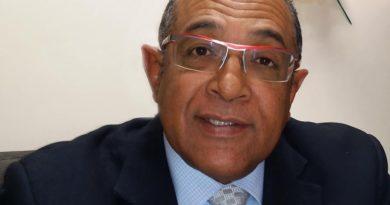 Sociólogo Vargas defiende transparencia y resultados de encuestadoras contra la reelección de Danilo