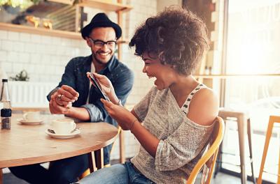5 características Premium que hoy se encuentran en los celulares de Gama Media