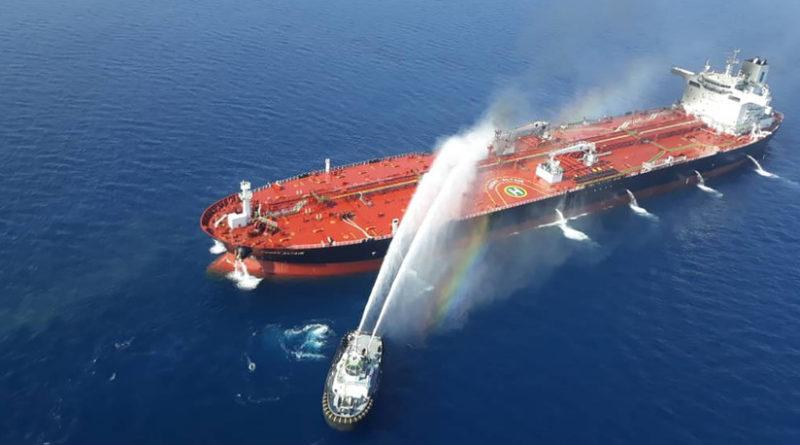 """La tripulación de uno de los petroleros afectados en el golfo de Omán vio """"objetos voladores"""" antes del ataque"""