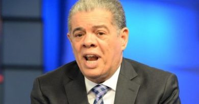 Amarante emplaza Leonel retire aspiraciones para frenar intentos reforma constitucional