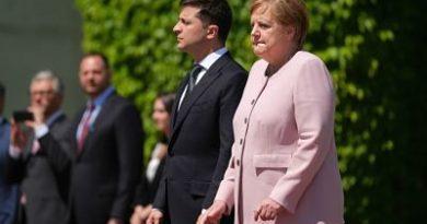 Angela Merkel explicó por qué comenzó a temblar durante el himno de Alemania