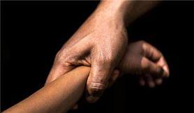 Apresan a un hombre acusado de abusar sexualmente de su hija de nueve años en SFM