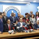 Diputados del PRM desmienten hayan pactado con PLD para reformar Constitución