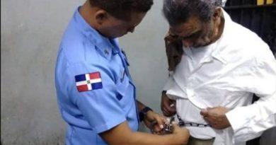 Extraditan de EEUU dominicano de 61 años acusado de la muerte de una menor de 17