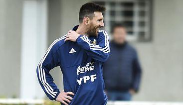 Messi lidera la carrera por el Balón de Oro