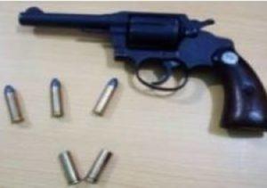 Patrulla policía hiere hombre la enfrentó a tiros en Vallejuelo, San Juan