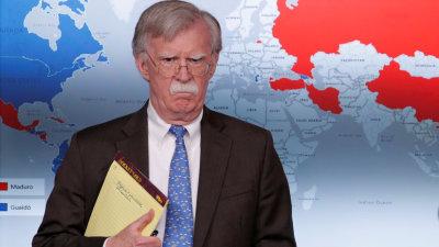 """Trump sobre Bolton: """"Si dependiera de él, se enfrentaría al mundo entero de una vez"""""""