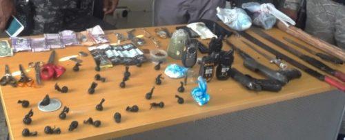 Policía apresa 16 supuestos delincuentes