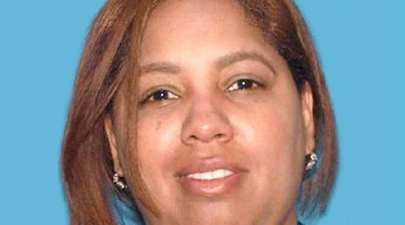 Una dominicana acusada en Nueva Jersey por estafas telefónicas con miles de dólares a envejecientes