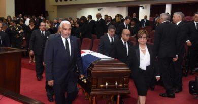 Cámara de Diputados rinde honores a la fallecida ex congresista Licelott Marte