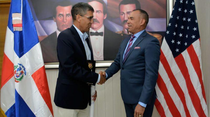 Administrador de la DEA se reúne con presidente de la DNCD