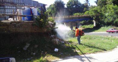 Alcalde Abel Martínez instruye ejecución operativo fumigación diferentes sectores de Santiago