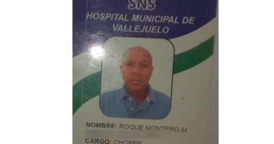 ATENCIÓN: Sorprenden conductor de ambulancia de hospital transportando nacionales haitianos indocumentados