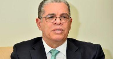 Amarante Baret considera necesario habilitar al presidente Medina para las elecciones del 2024