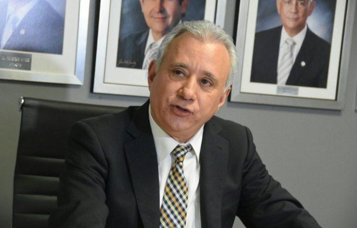 Antonio Taveras Guzmán advierte reelección podría hundir la economía