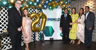 Celebran 27 años de la empresa Clinimed