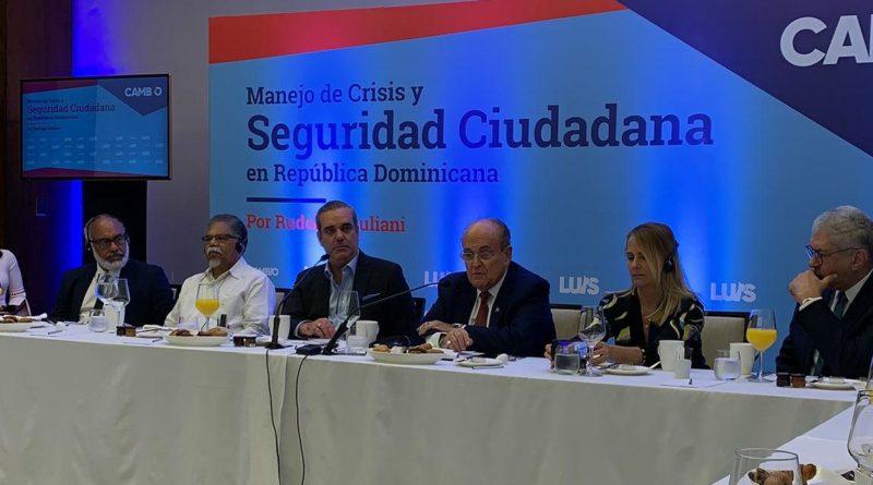 ATENCIÓN; Rudolph Giuliani dice Constitución no debe ser reformada para próximas elecciones