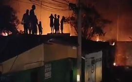 Incendio deja familias en la calle