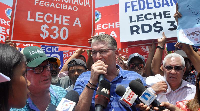 ATENCIÓN: Benítez dice que no puede a la fuerza subir precio de leche
