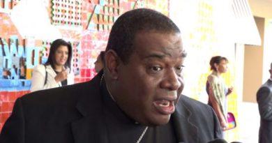 Obispo auxiliar de SD espera diálogo entre Danilo Medina y Leonel Fernández